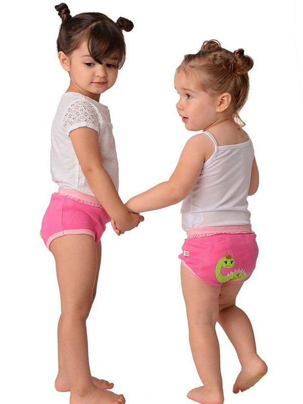ZOOCCHINI Dry Training Pants are made of soft organic cotton and a spandex waistband that does not tighten and squeeze. The training trousers have two layers of absorbent Terry in just the right places to protect against any leaks.
