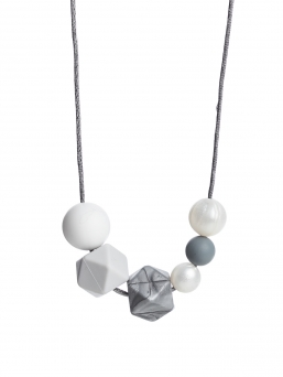 Nursing Necklace (pearl white-lightgrey-silver)