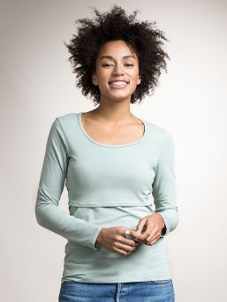 Boob Design Top with double function for pregnancy and nursing. Rounded neck and long sleeves. An essential basic garment in a nursing mother's wardrobe.
