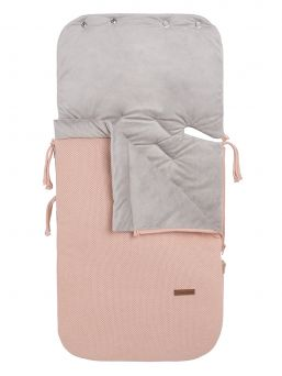 Baby's Only Footmuff keep baby warm in car seats and baby carriages. Thanks to Footmuff the baby does not need to undress and dress up constantly, the baby stays warm embrace of the bag.