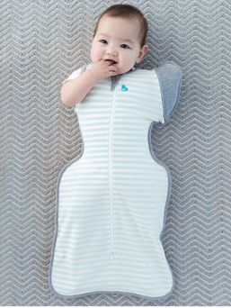 The Love To Swaddle UP™ 50/50 allows you to transition your baby from being snuggly swaddled towards the independence of an sleep bag with arms free.