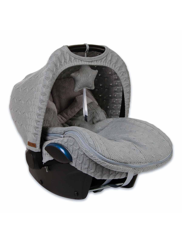 Baby's Only Footmuff keep baby warm in car seats and baby carriages.