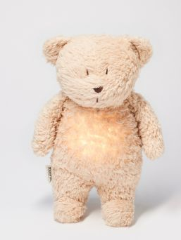 Moonie bear soothes your baby for sleep - soothing Pink noise and dim night light help even in challenging sleep situations.