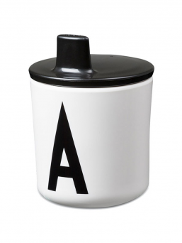 Design Letters cover to melamine cup. A cover that changes the Design Letters melamine cup into a baby's mug.