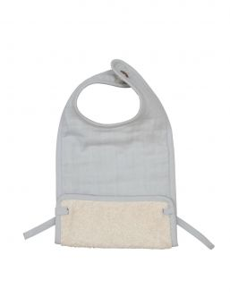 Soft organic cotton Fabelab bib for kids dining moments.