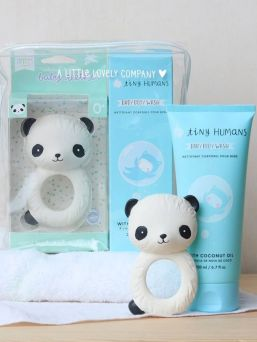 A Little Lovely Company´s Baby gift box. The gifts are packaged in a gift box and make a perfect baby shower gift to give away or – even more fun – to receive.