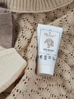 Lille Kanin SOS Balm is a moisturizing and soothing balm that protects the skin and restores irritated skin better. Balm is also very suitable for the nipples of a breastfeeding mother.