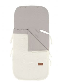 Baby's Only Summer Footmuff keep baby warm in car seats and baby carriages. Thanks to Footmuff the baby does not need to undress and dress up constantly, the baby stays warm embrace of the bag.