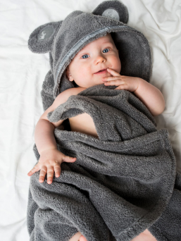 Luin Living soft baby towel that brings hint of luxury home spa in the bathroom. Towel hood has cute teddybear ears. It is so soft and lovely as promised!