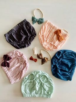 Bloomers for baby girls (light apricot) | GIPSY PARROT