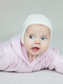 Babycap with lace | LANAcare